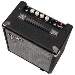 Fender_Rumble15v2_4web_00